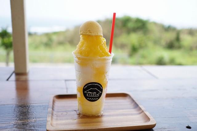 島cafe とぅんからや マンゴーのかき氷