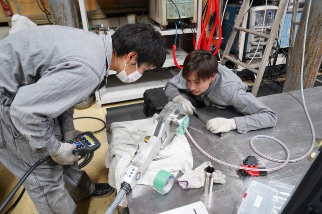 ポリスード自動溶接機 サニタリー配管製作