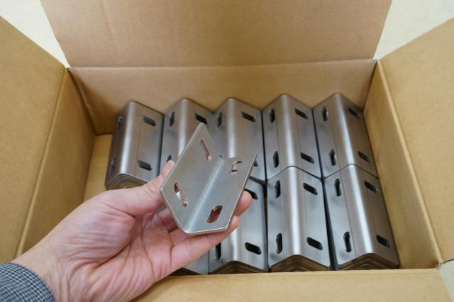 レーザー曲げ加工 板金加工 ステンレスブラケット