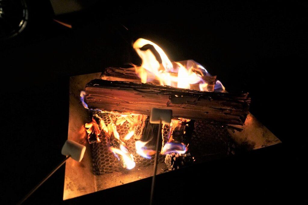 マシュマロ 焚火